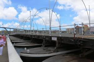 Königin-Emma-Brücke