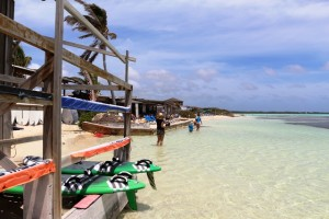 Im Urlaub auf Bonaire windsurfen